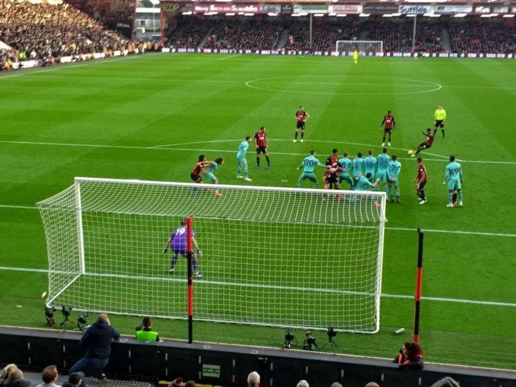 ボーンマス、アーセナルFCとの試合に敗戦